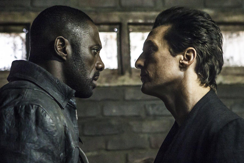 Idris Elba e Matthew se encarando